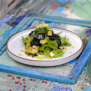 Салат с битыми огурцами