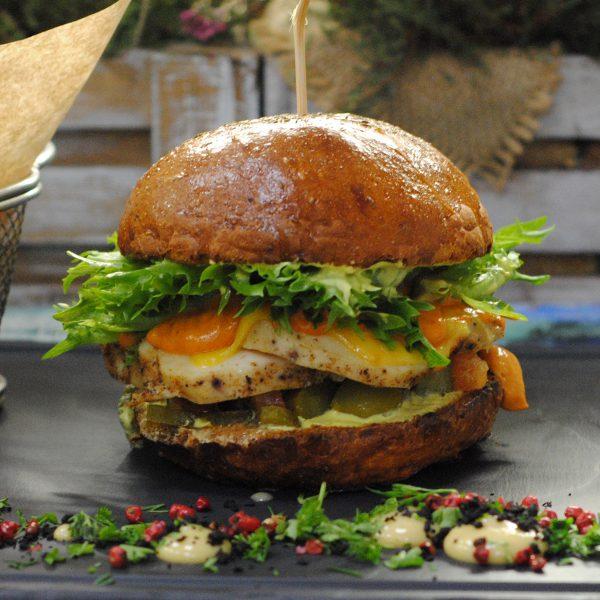 Бургер с куриной грудкой с доставкой по Зеленогорску