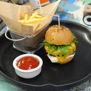 Бургер с куриной котлеткой - Лунтик